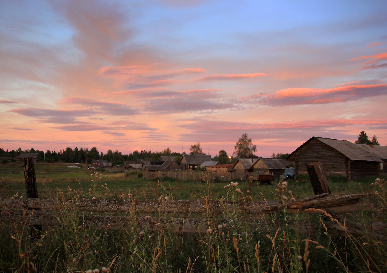 картинки лето вечер деревня идет полтора