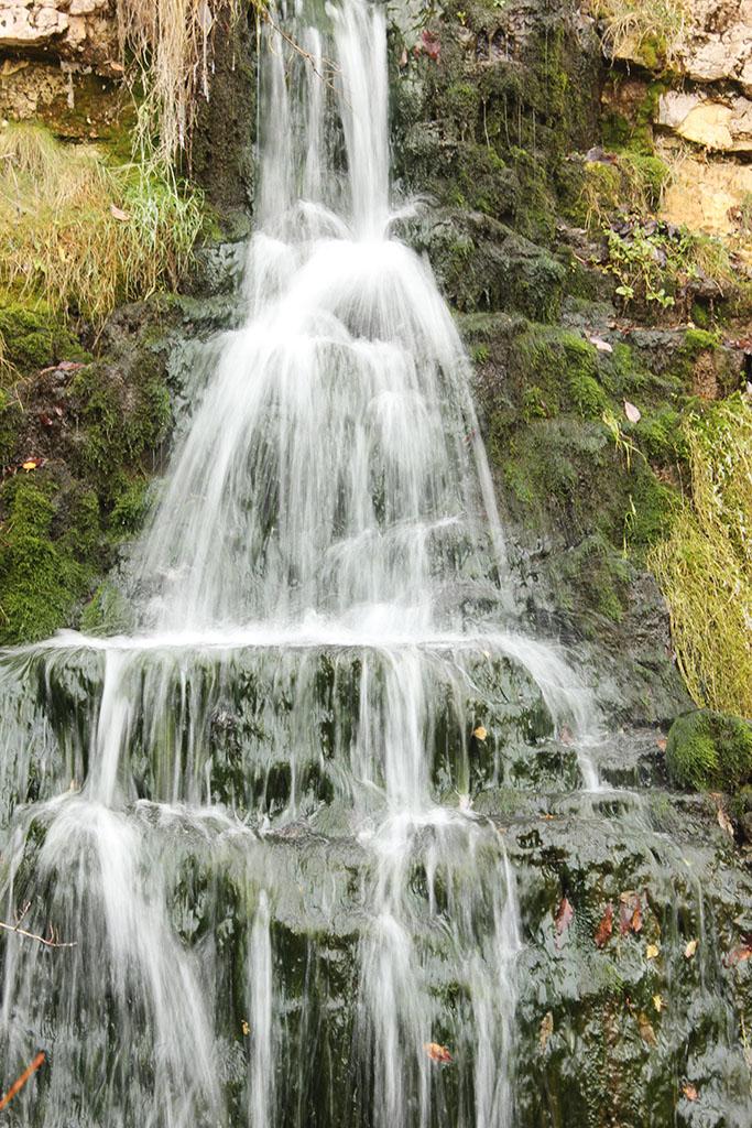 услугам отдыхающих водопады в тверской области фото двух