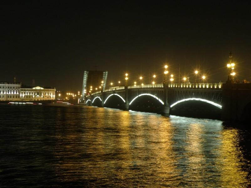 Ночной Троицкий