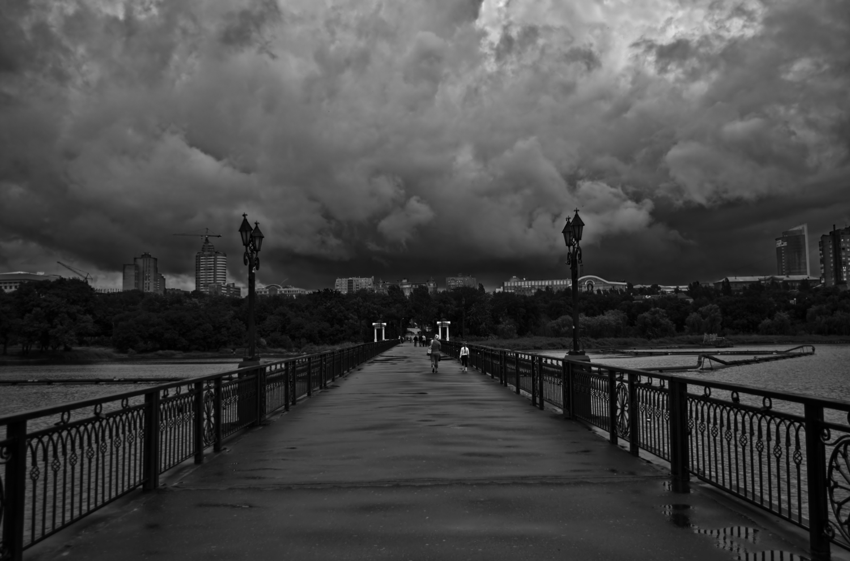 Дорога в шторм