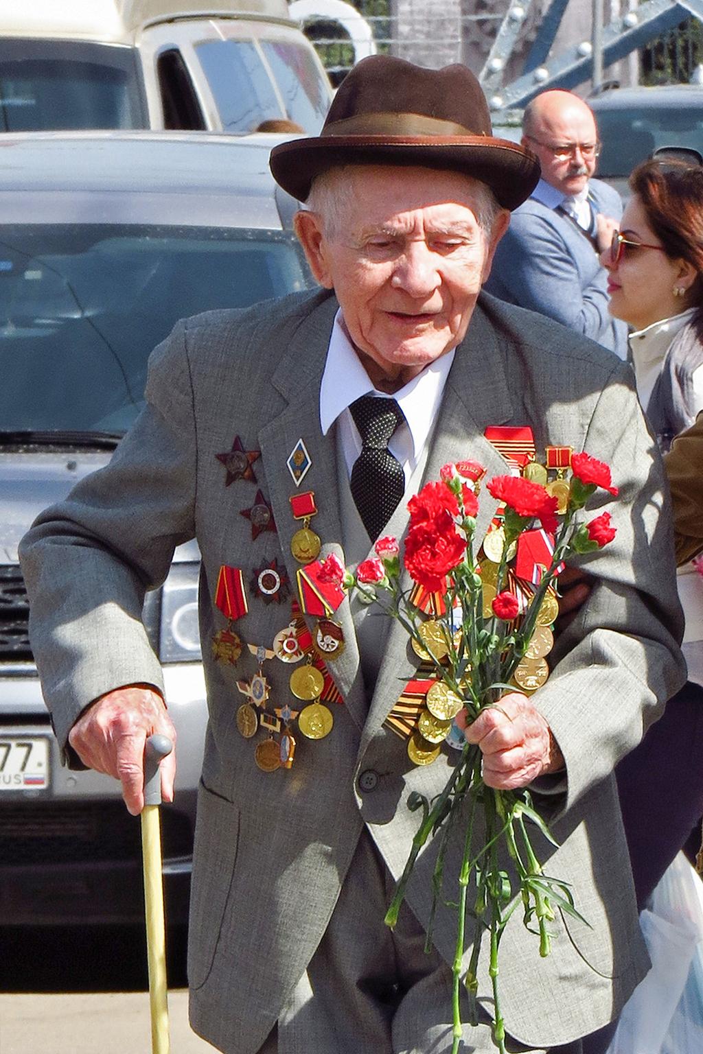 Спасибо деду за Победу!