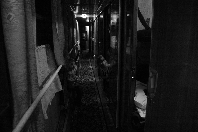 вечерние посиделки в коридоре