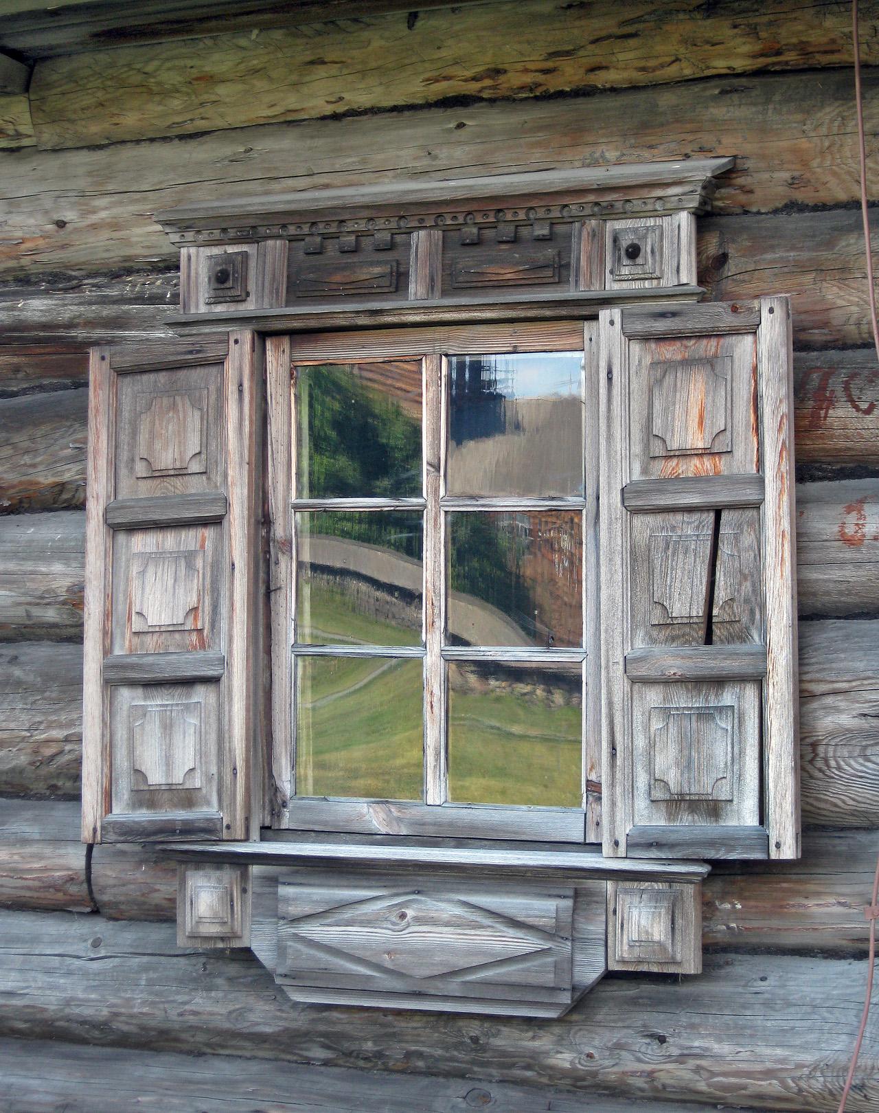 Мир в окне