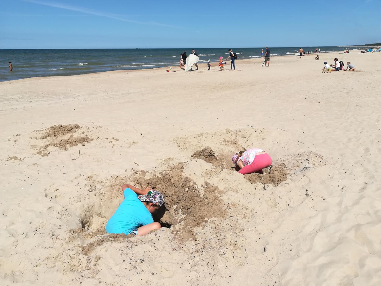 Ничего себе, песочницу отгрохали!