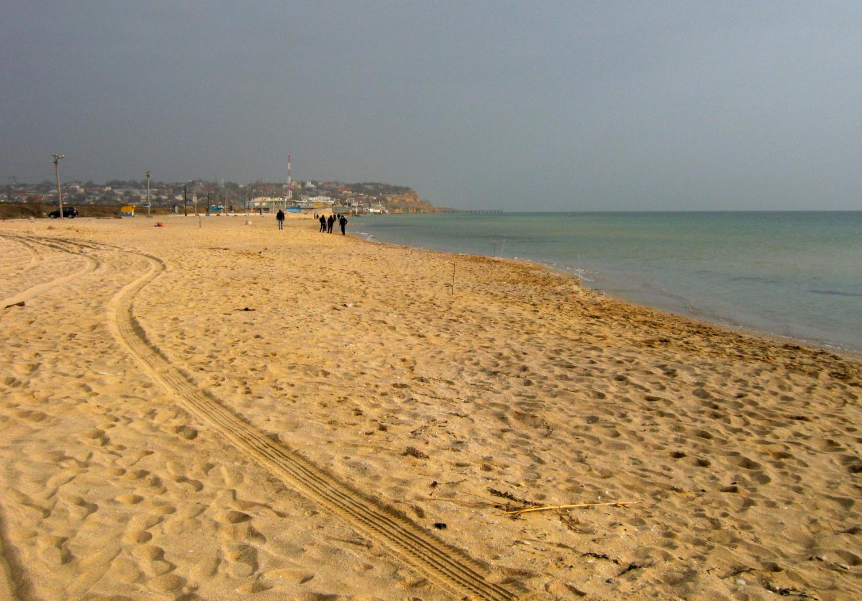 Истоптали песочек