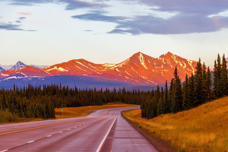Аляска. Полуночный закат.