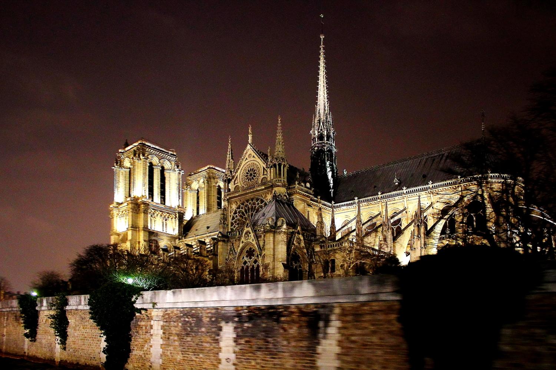 Париж. Ночь