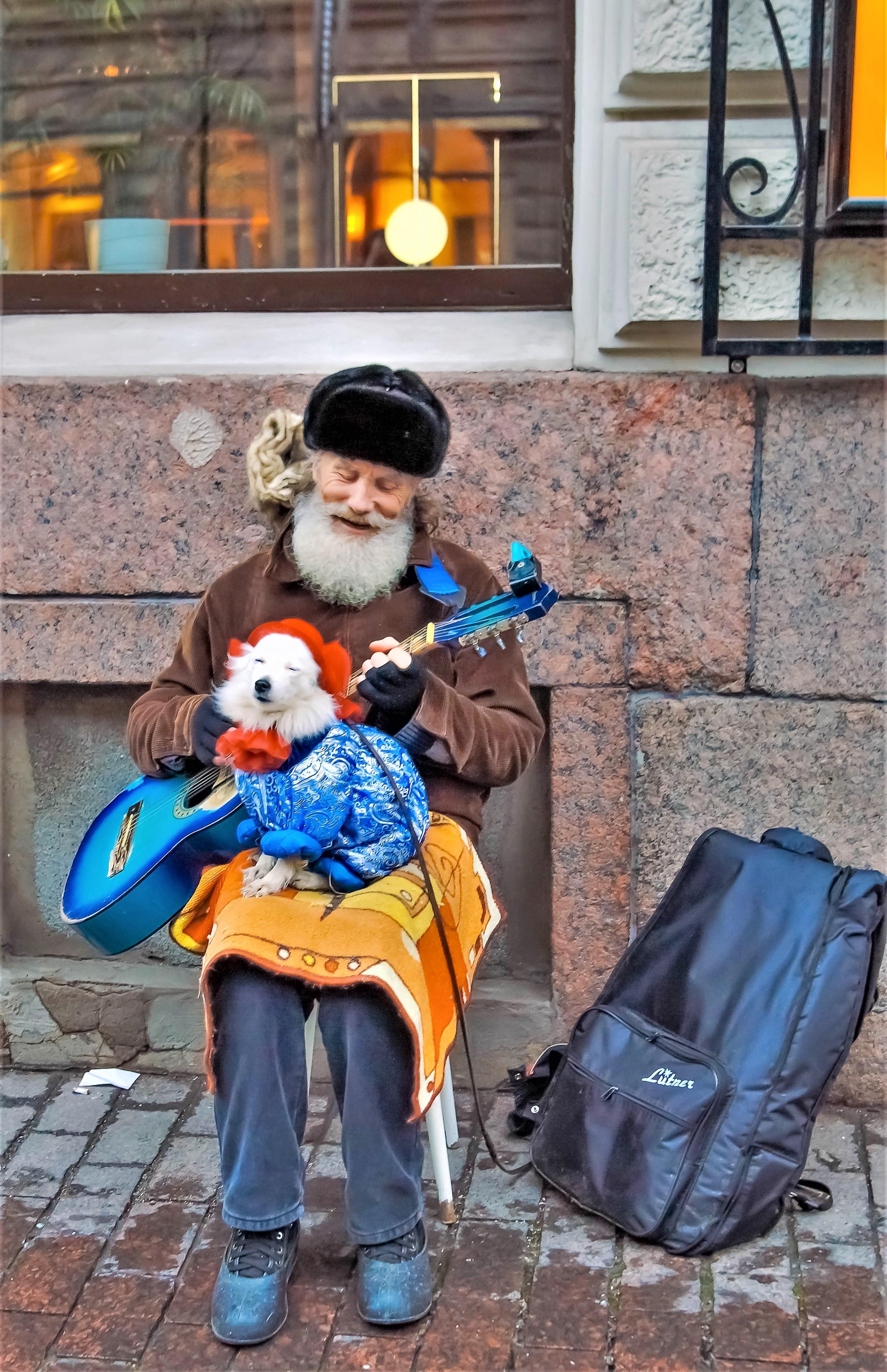 Артисты)