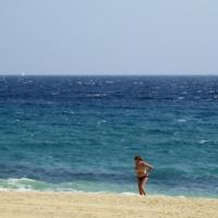 Море и она...