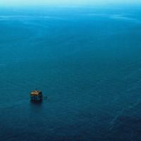 Глубокое синее море...