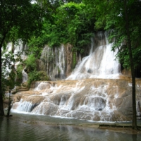 Шикарный водопад!