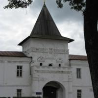 Двери в Монастырь...
