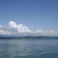 Абхазия. Море. И горы в облаках
