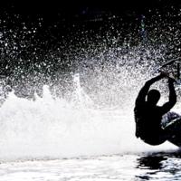 Выплывший из пены морской