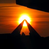 Закатная пирамида