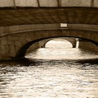 Взгляд из под моста