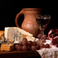 С голубым сыром