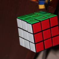 Куб в воздухе