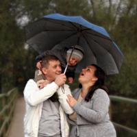 А под зонтом весело!