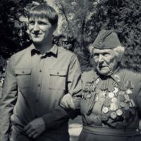 женщине пришлось стать солдатом