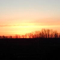...Солнце встаёт...