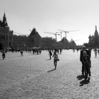 На главной площади страны