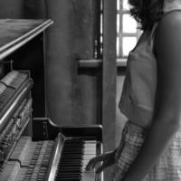 Пьеса для забытого фортепиано