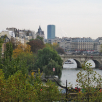 Осенний Париж. Вид на Сену