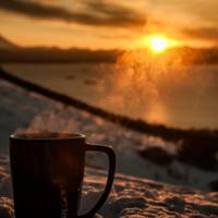Может чашечку кофе)?