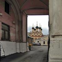 Церковь Софии с трапезной.