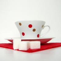 Чашечку чая, пожалуйста