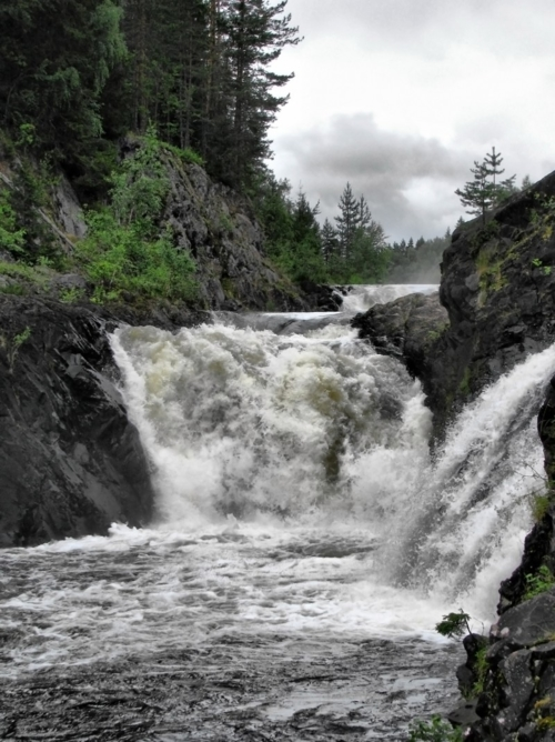 Карелия. Водопад Кивач.