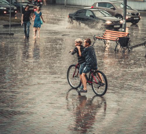 Когда дожди были просто водой...